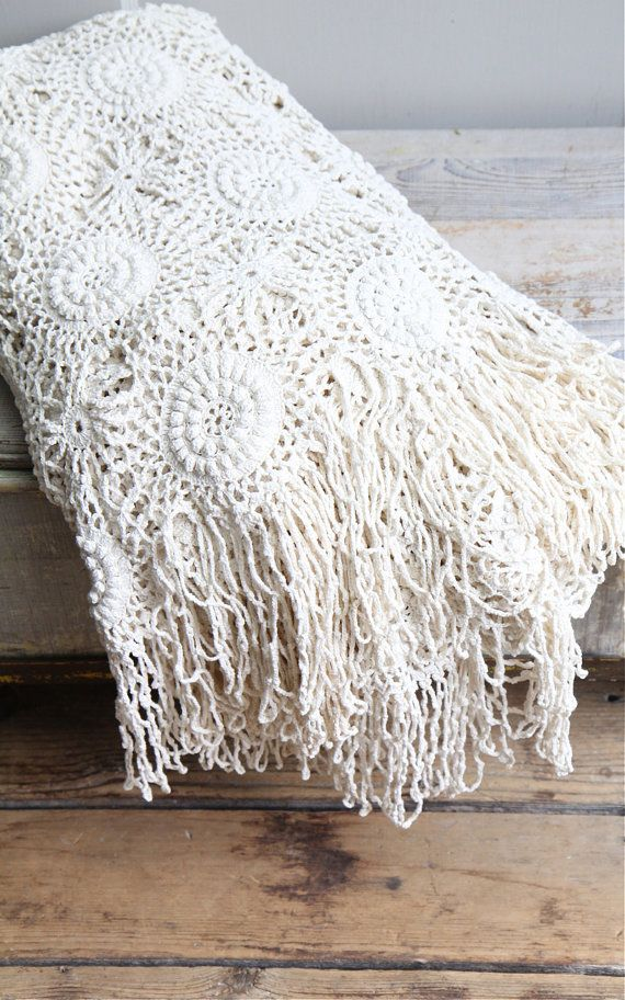 OH HOLD ///// Vintage Crochet Bedspread / Coverlet, Throw, Bohemian ...