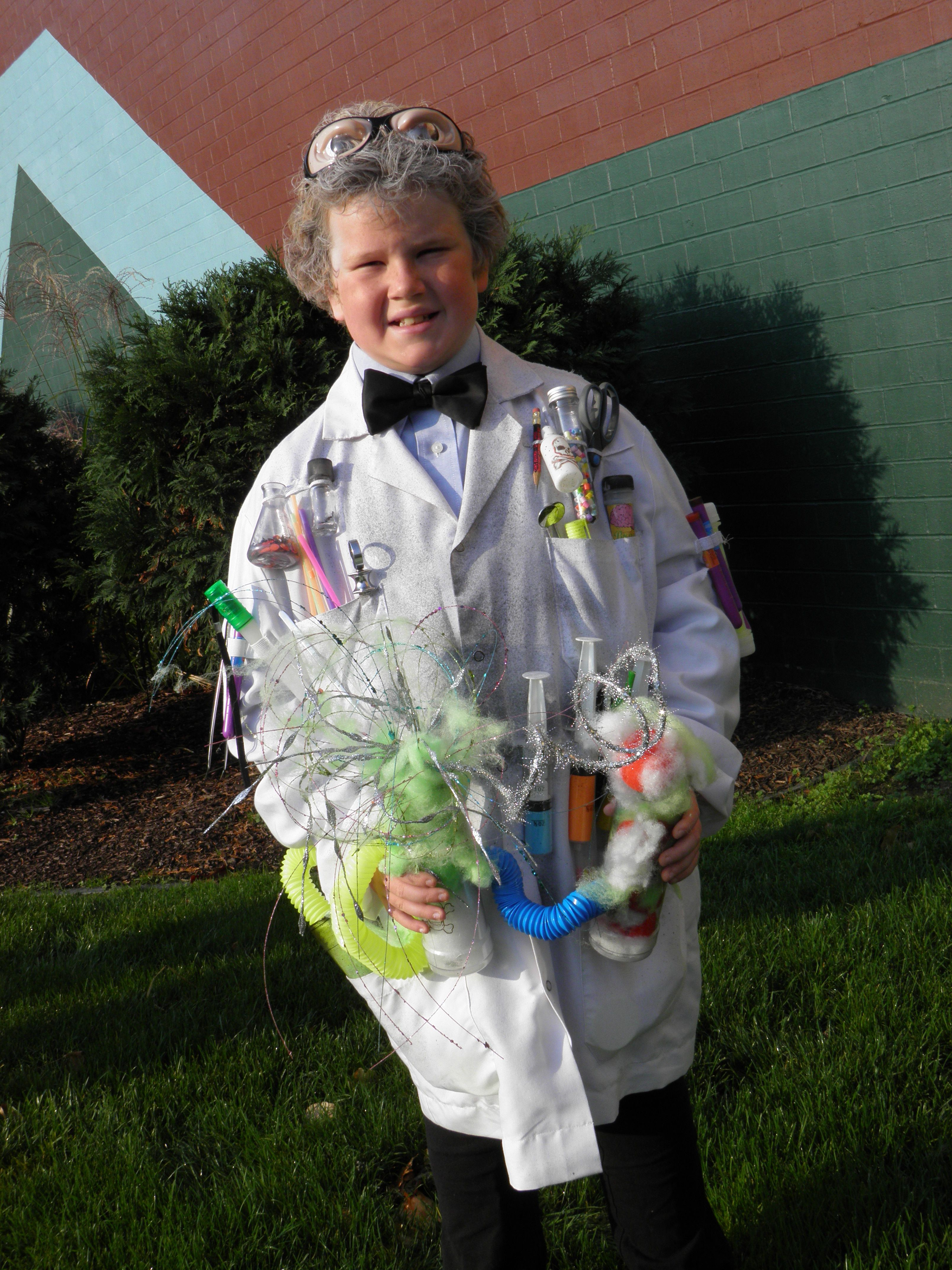 Do-It-Yourself Halloween Costumes   Mad scientists, Mad scientist ...