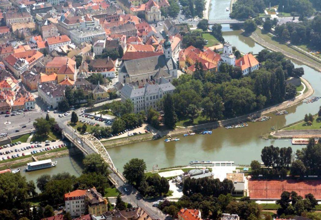 City Of The Rivers I Folyok Talalkozasa Varos Magyarorszag Folyo
