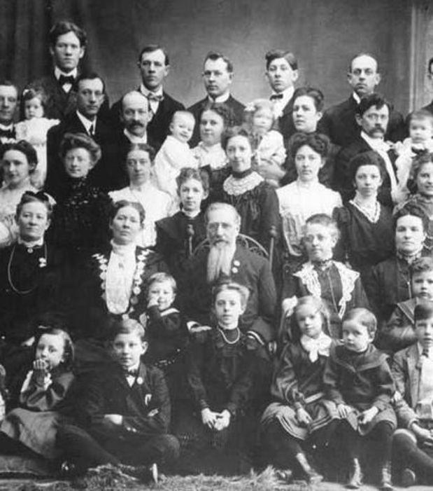 Connue sous le nom de 'la femme de Feodor Vassilyev', une femme a donné naissance, au 18ème siècle, à pas moins de 69 enfants en 27 grossesses