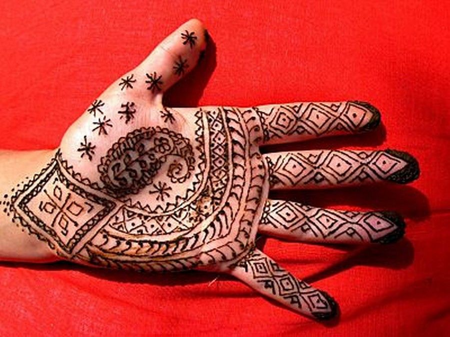 Mehndi Tattoo Hands : Check out more henna pictures at mehndiequalshenna