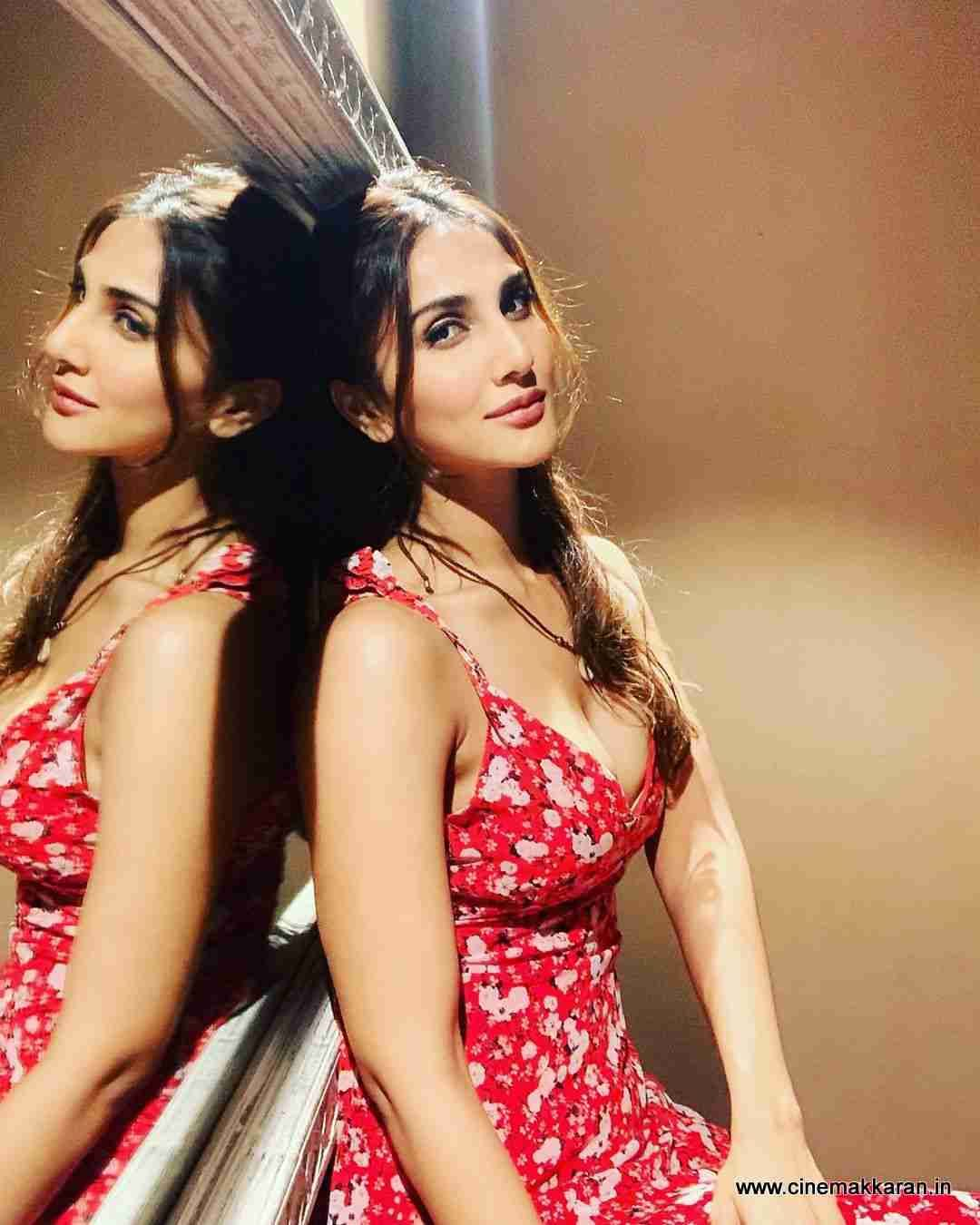 Vaani Kapoor Photos Cinemakkaran Bollywood Actress Hot Photos Bollywood Actress Hot Bollywood Actress