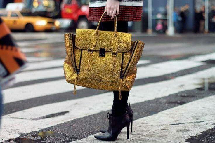 Love this bag #fashion #bag #gold #yellow