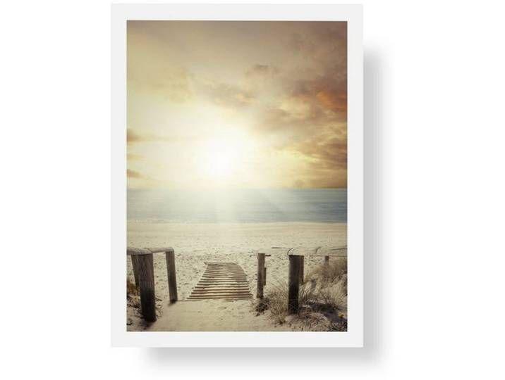 Ausstattung & Funktionen Rahmung / Bespannung: gerahmt,  Material Material: Weiße Holzrahmen,  Optik/Stil Format: DIN A4, Motiv: Premium Poster,