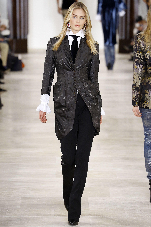 22726b6447f0c Ralph Lauren Fall 2016 Ready-to-Wear Fashion Show