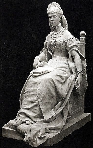 Sculpture of Empress Marie Feodorovna
