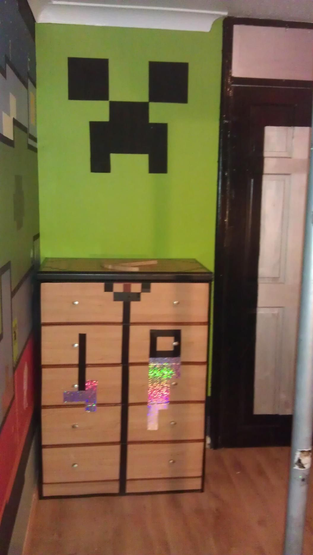 Minecraft in real life real life for Bed decoration minecraft