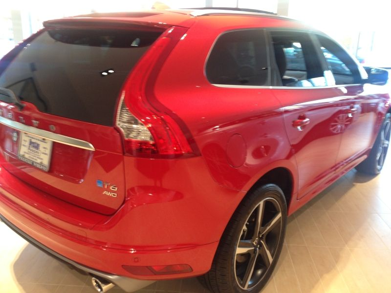 Rear angle view of the volvo xc60 r design