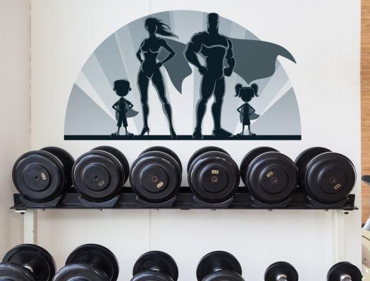 https://www.i-love-wandtattoo.de/dekoratives/fitness/wandtattoo-familie-als-superhelden-dekor-im-sport-stil.html