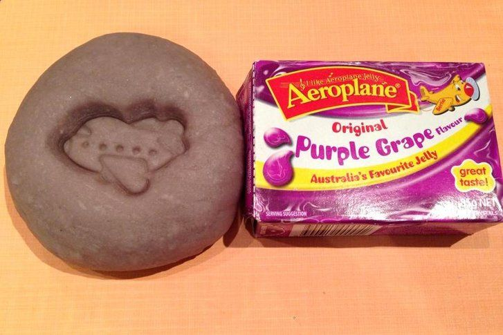 How to make scented jelly play dough