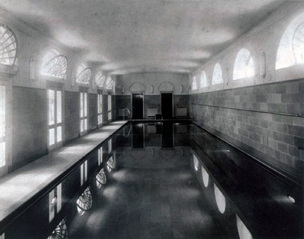 The Indoor Swimming Pool At White House Was Built For President Franklin Roosevelt In 1933 It A Modern Day Showcase Of Technology
