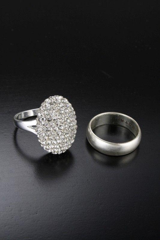 breaking dawn � prop replica � bella�s engagement ring