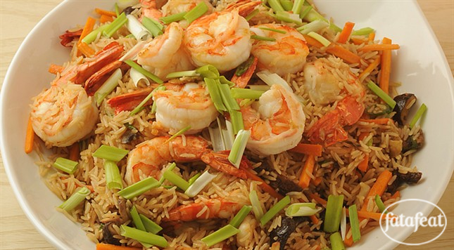 فتافيت ارز صيني مقلي مع الروبيان والخضار Recipes Asian Recipes Food
