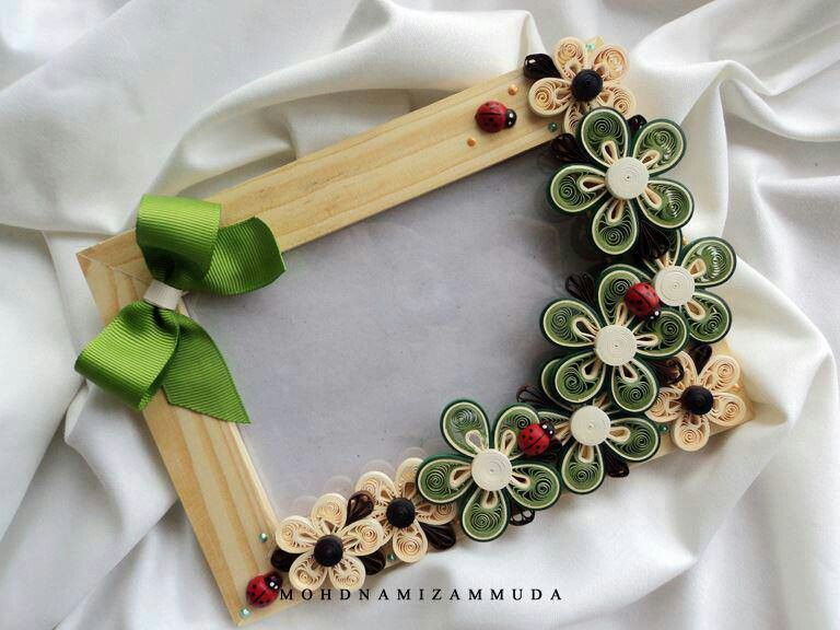 Qiull Frame With Flowers Quilling Quilling Quilling Photo