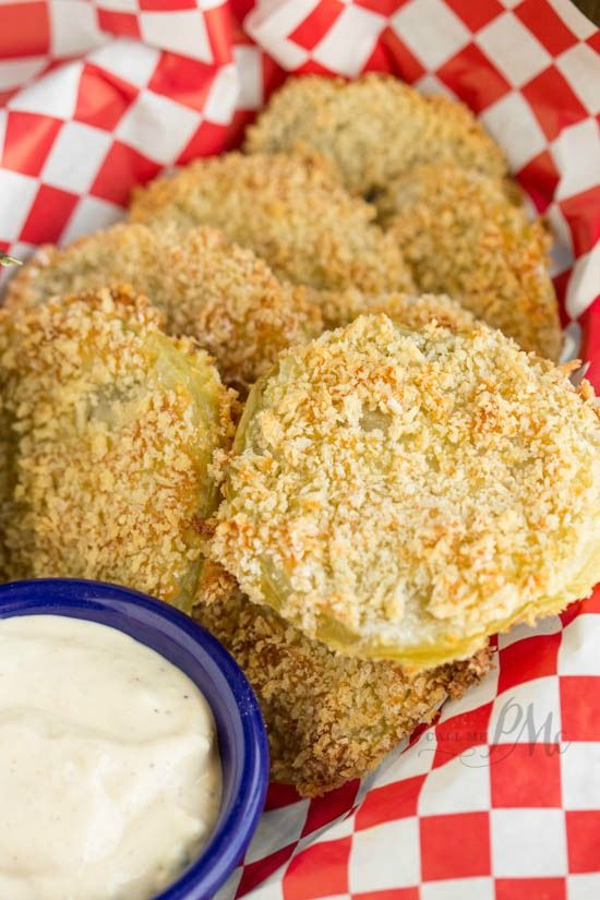 Panko Crusted Baked Fried Green Tomatoes with Lulus Wow Sauce recipe - oven baked to perfection, great as a healthy side dish or appetizer!
