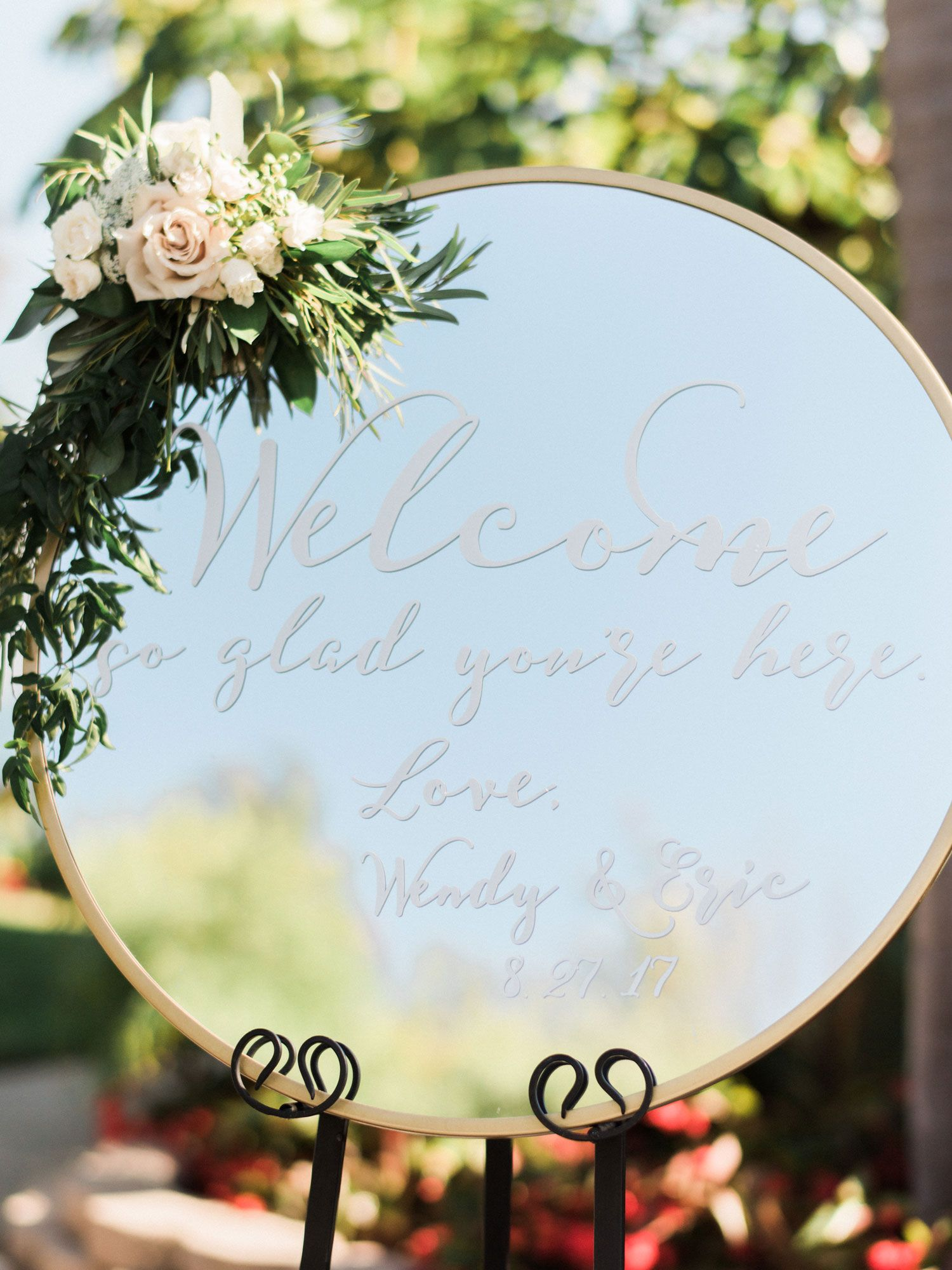 Organic Glam Vintage Inspired Real Wedding In California Inside Weddings Mirror Wedding Signs Wedding Welcome Signs Wedding Welcome Board