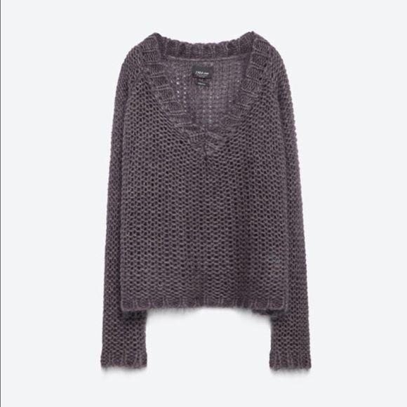 ZARA V-Neck Sweater 2016 Knitwear Collection, brand new Zara Sweaters V-Necks