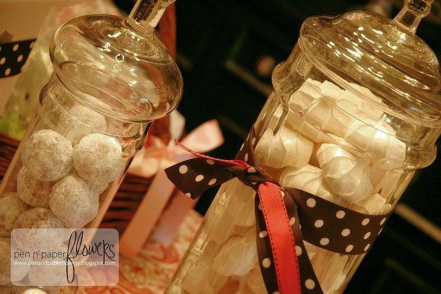 meringues.3853 by pen n' paper flowers, via Flickr