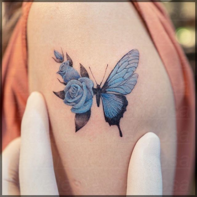 Ideas Del Tatuaje De La Mariposa Muneca Manos Tatuajes Elegantes Tatuajes Delicados Femeninos Tatuajes Delicados