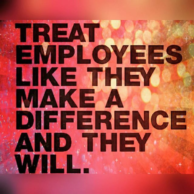 Owners and Managers, it's up to you to set the example! #itstartsatthetop #makeadifference #manager #management#owners #Barflysms #betterbar #customerservice #serverlife #bartenderslife #serviceindustry #motivationalmonday #motivation #inspiration #qoutes