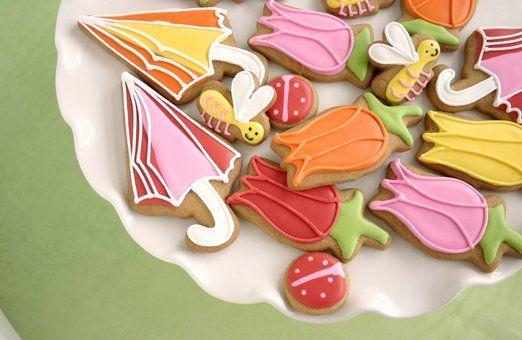 Oh so cute. April Showers cookies. #Elenis $55 FAV cookies ever!