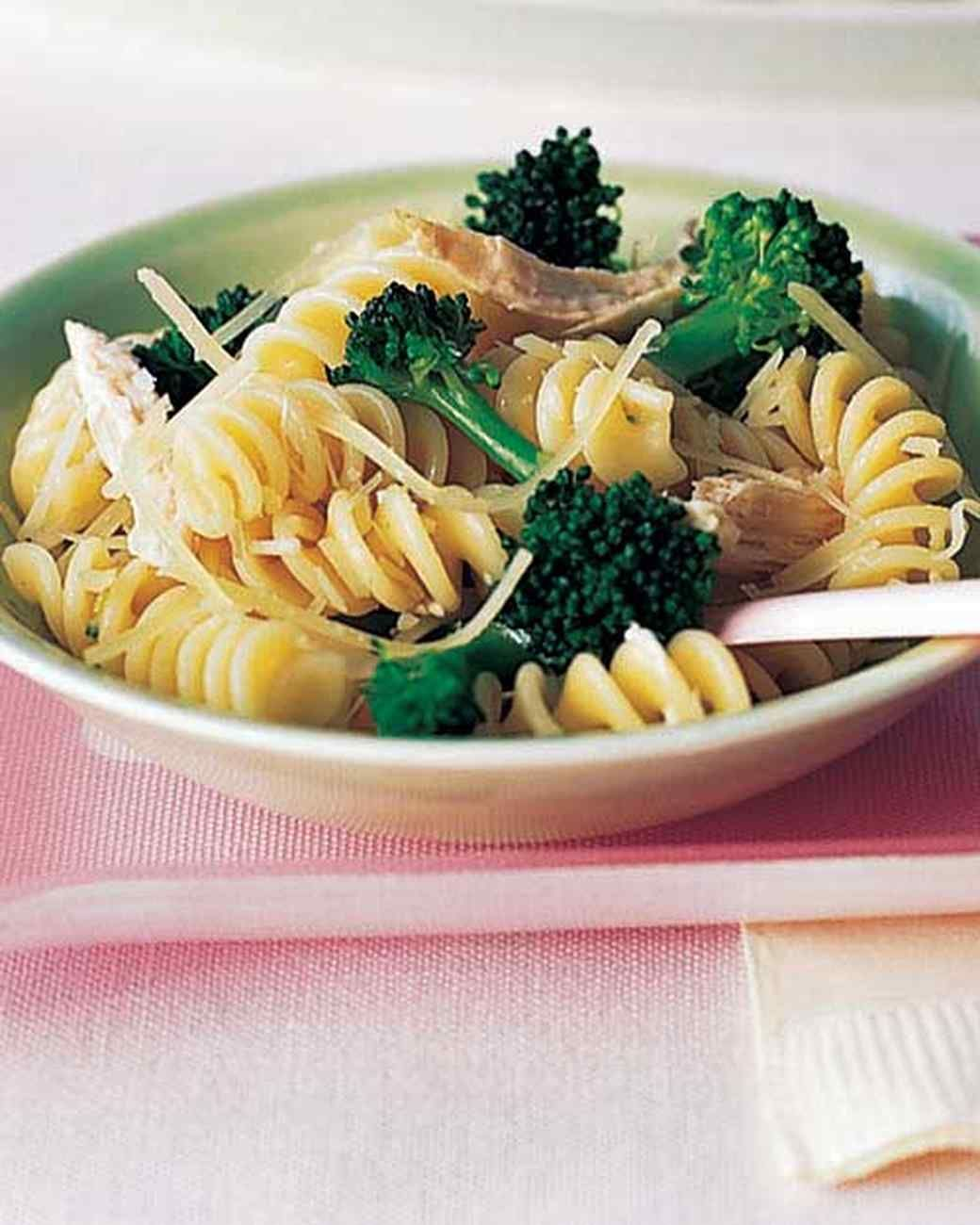 Fusilli with broccoli and chicken recipe broccoli chicken fusilli with broccoli and chicken broccoli chickenmartha stewart recipesfood groupsdelicious forumfinder Image collections