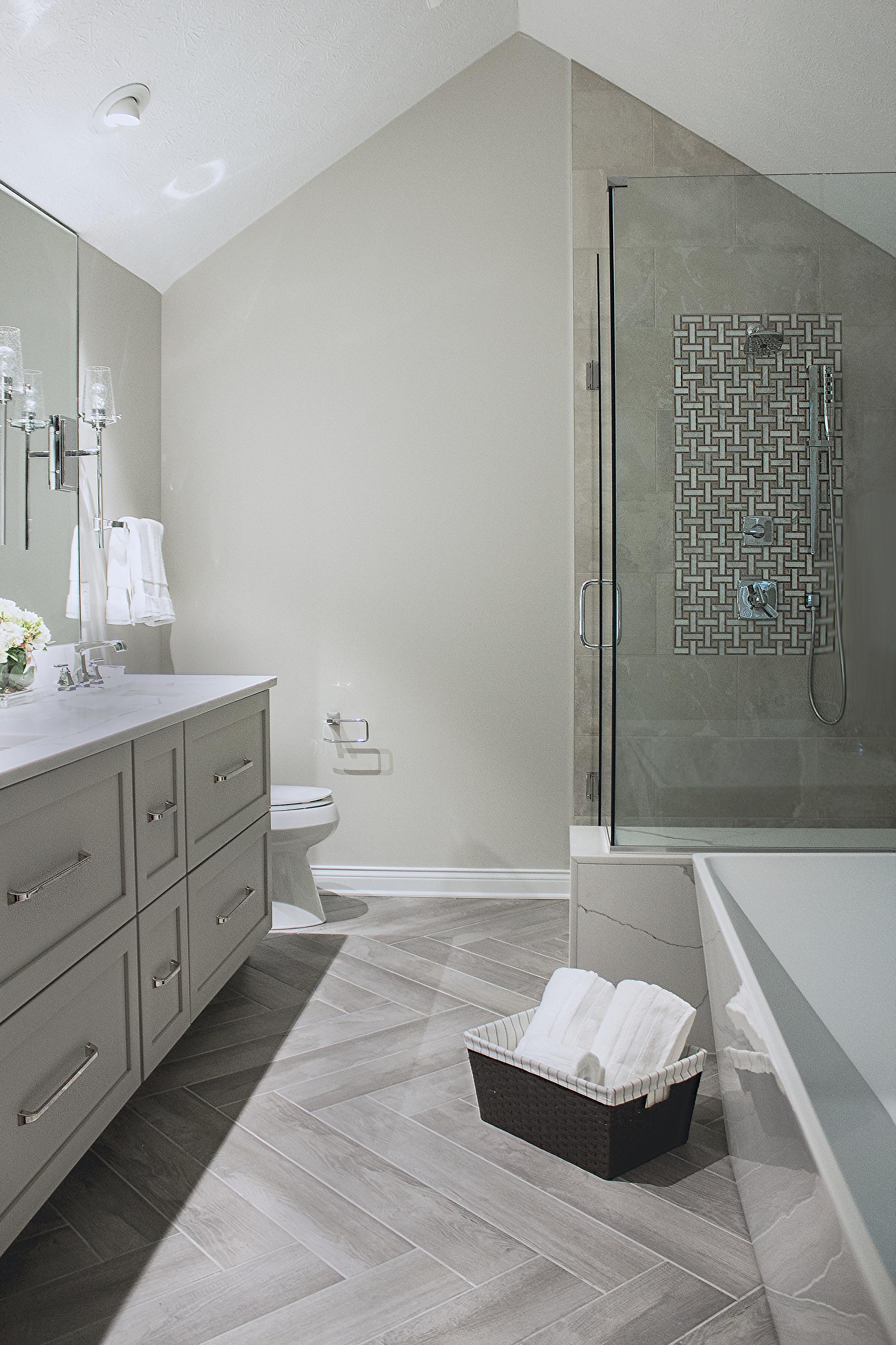 Jones Kitchen Remodel Indianapolis With Images Bathroom