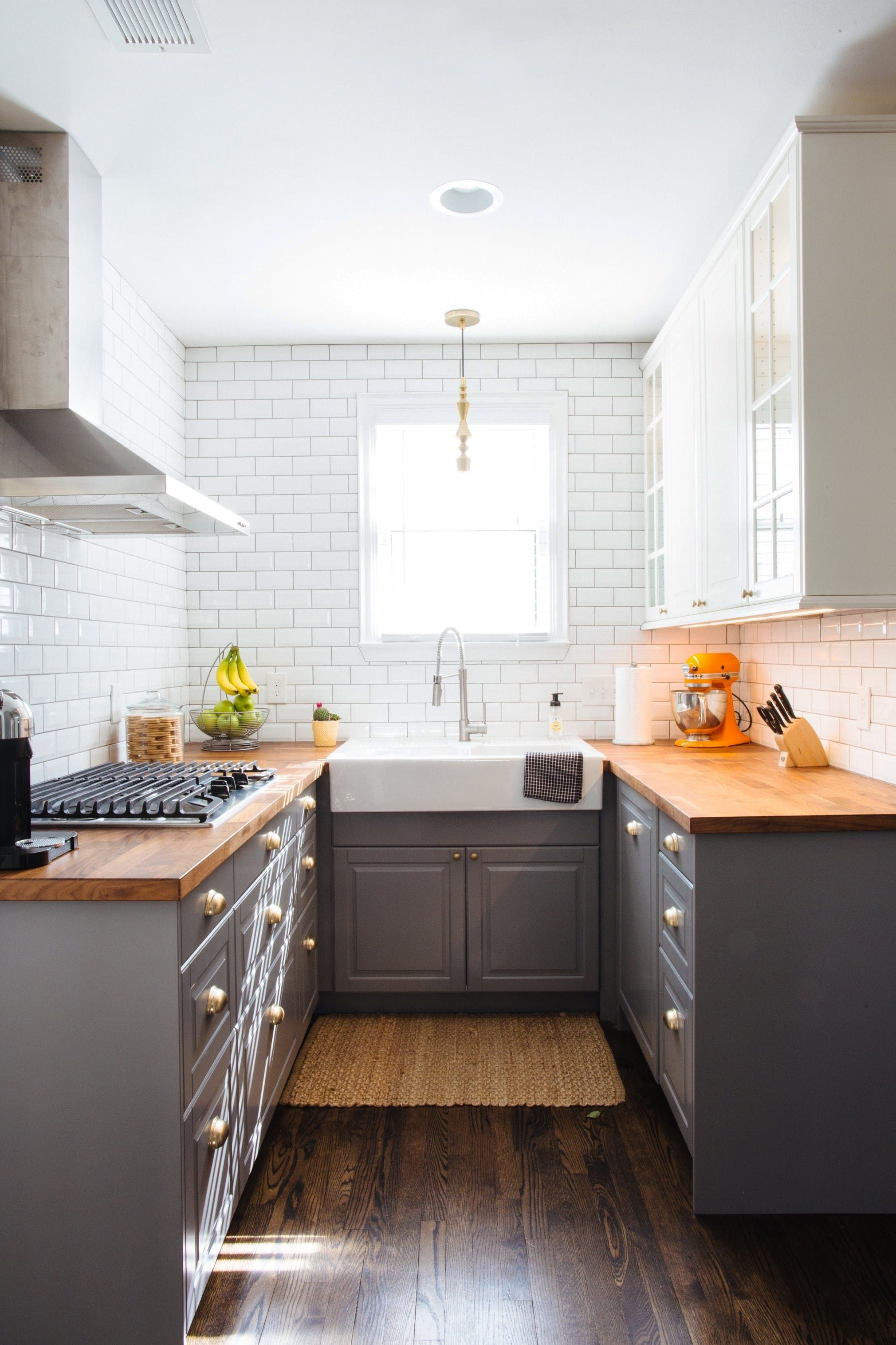 House Tour: A Clean & Classic 1920s Michigan Home   Small kitchens ...