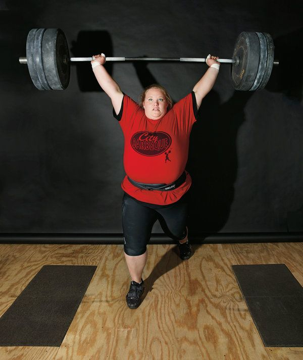 Holley Mangold 22 And A Superheavyweight Olympic Weight Lifter Is 5 Foot 8 Weighs 350 Pounds When She Squats Which Can Do With 525 On Her