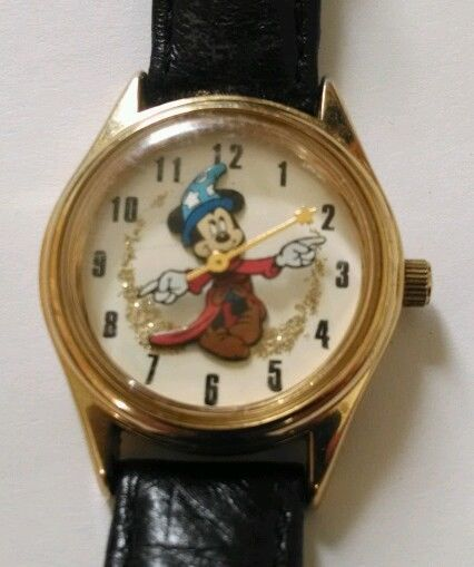 35bb65be9518 Vintage Disney Mickey Mouse Sorcerer Fantasia Watch