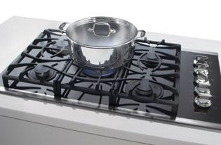 quick boil on frigidaire gallery gas cooktops boils water faster - Frigidaire Gallery Gas Range