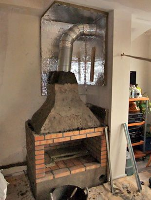 Chimenea barbacoa de obra con ladrillo refractario y aislante - diseo de chimeneas para casas