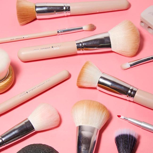 7 Vegan and EcoFriendly Makeup Brushes and Sets You Can