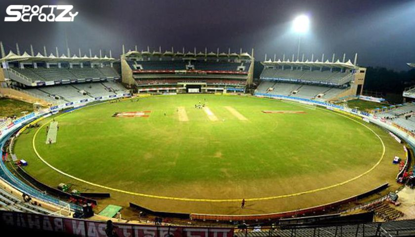Average Score At Eden Gardens Kolkata