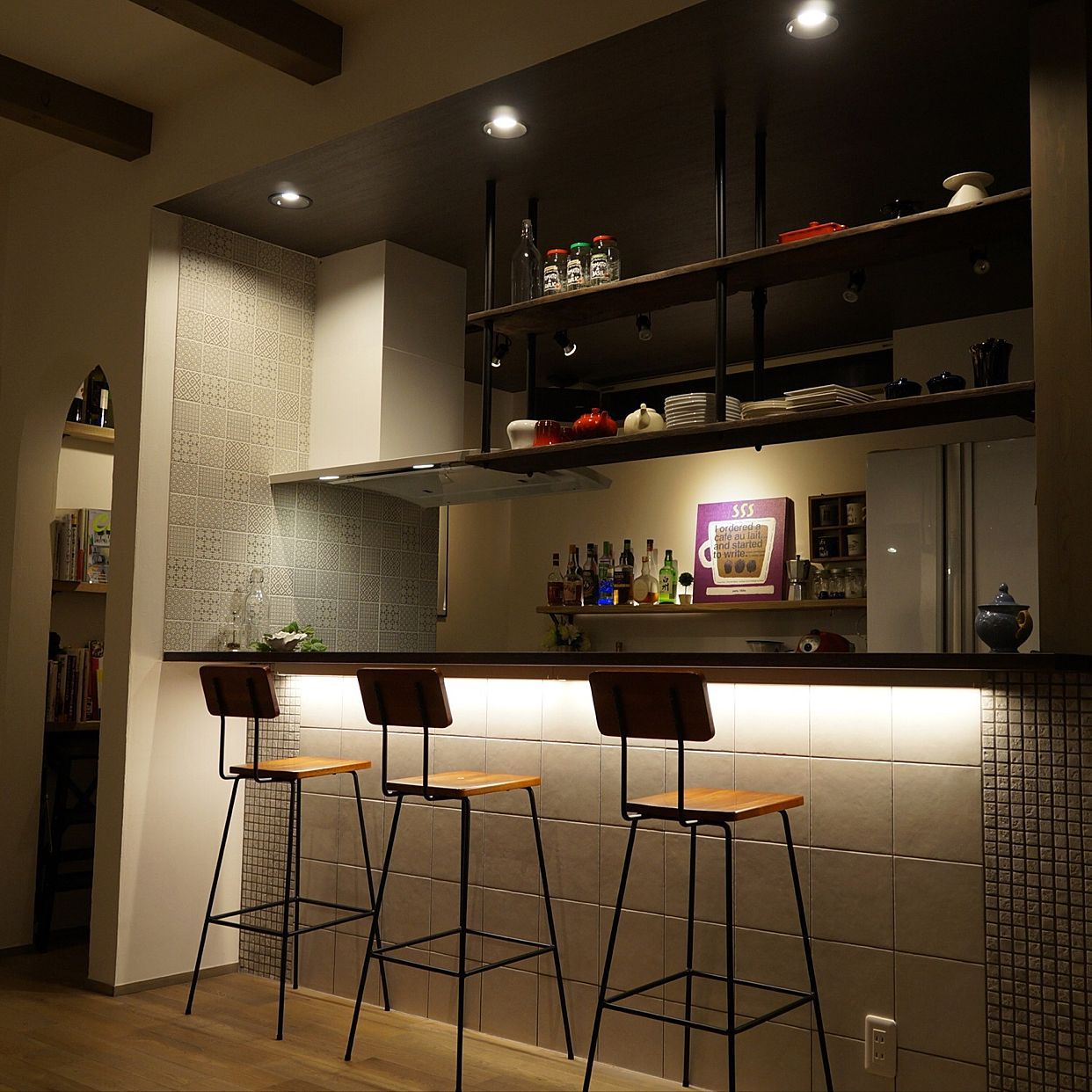 キッチン タイルキッチン 吊り棚 Barカウンター Bar風 などの