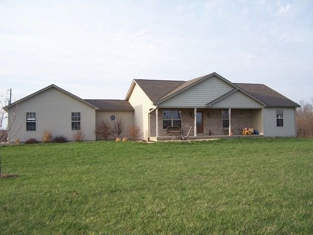 This Top Quality Custom Built Home With 3 Bedrooms 2 Baths