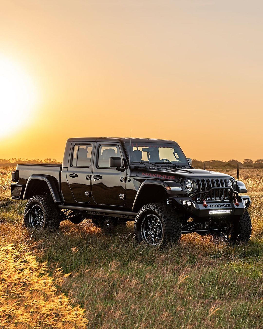Jeep gladiator image by Nataliaalstrup on Jeep in 2020
