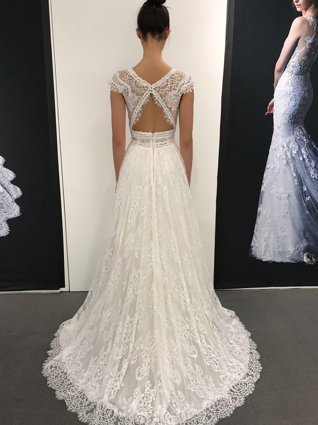 enzoani #lillium  Kleider hochzeit, Brautmode, Braut