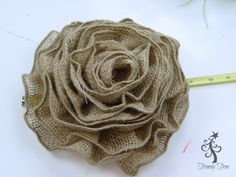 Photo of Sunflower Wreath with Ribbon Rose Center Tutorial – Trendy Tree Blog | Holiday Decor Inspiration | Wreath tutorials | Christmas decorations | Mesh & ribbons