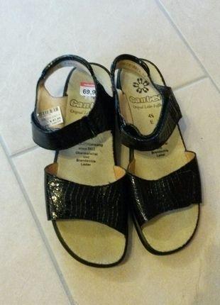 200ee8e7123 Pin von Bianca M. auf Kleiderkreisel Feigenblatt   Sandalen, Damenschuhe  sandalen und Schwarze sandalen