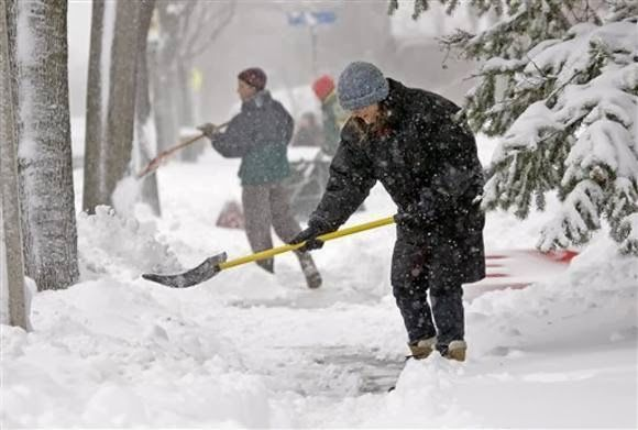 Tips To Avoid Frostbite In Cold Weather