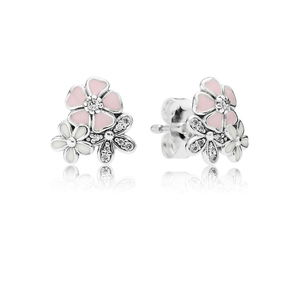 Be Picture Perfect With These Adorable Hand Finished Stud Earrings By Pandora Shimmering Ston Pandora Earrings Silver Earrings Studs Crystal Earrings Wedding