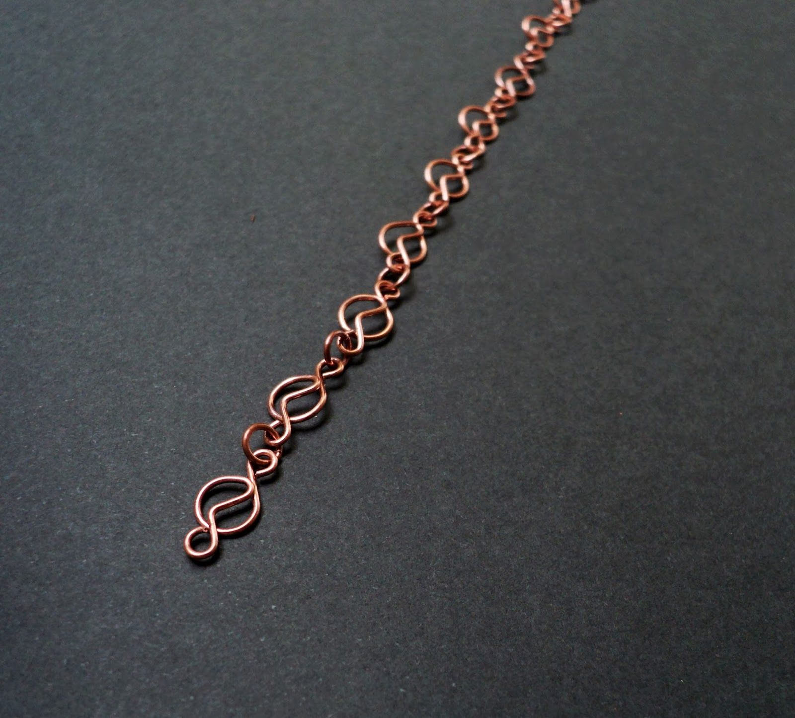 Wire figure 8 chain tutorial metal and wire work pinterest wire figure 8 chain tutorial baditri Choice Image