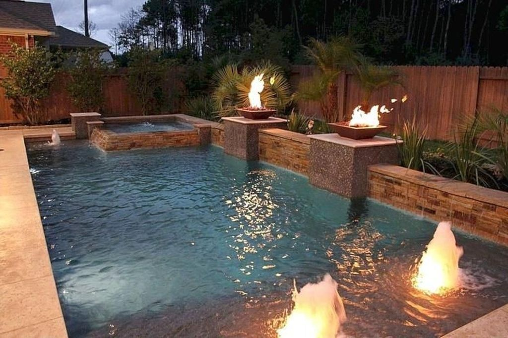 Comfy Backyard Designs Ideas With Swimming Pool Looks Cool 05 Small Backyard Pools Backyard Design Backyard Pool Designs