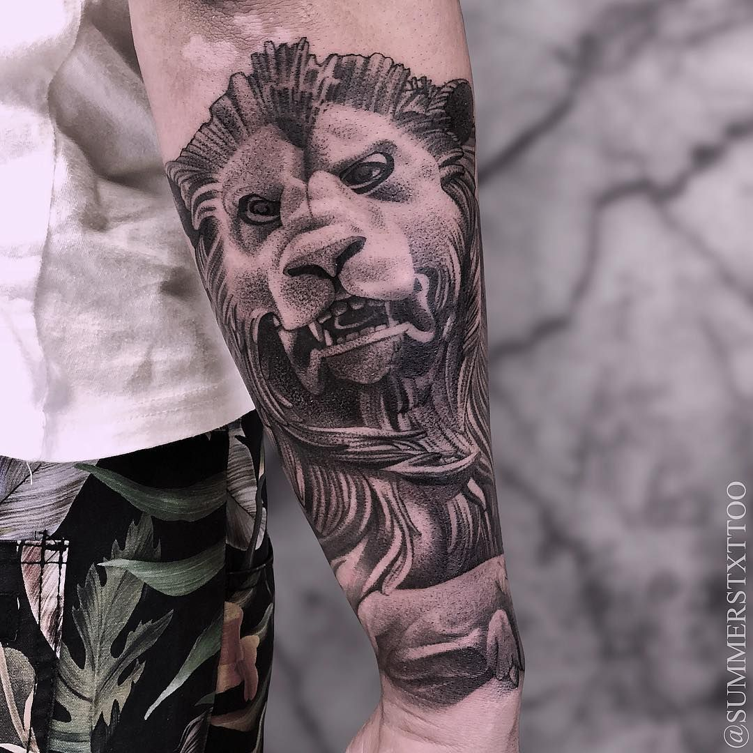 Tattoo artist Evan Summers