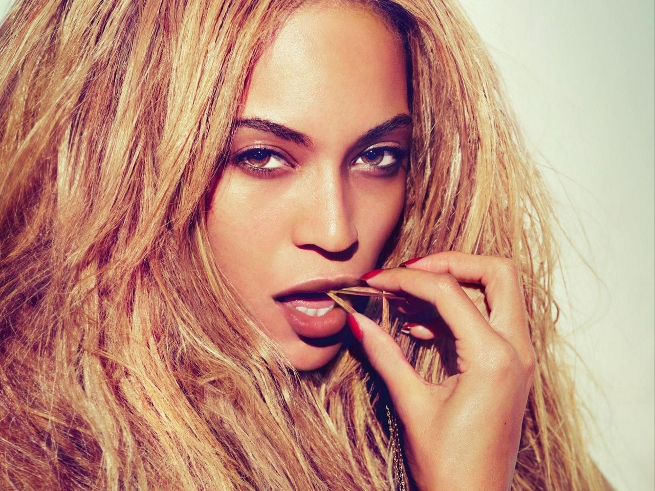 Beyoncé Green light wallpaper Google zoeken 057