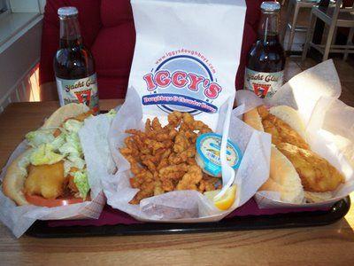 New England Bites: Iggy's Doughboys & Chowder House