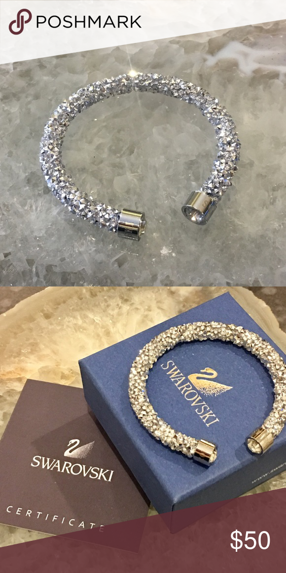 Swarovski CrystalDust Cuff Bracelet Beautiful sparkling silver Swarovski  crystal Dust cuff bracelet. Measures approx 7 9422032ddceb