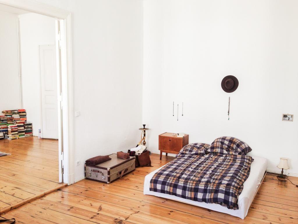 Schlafzimmer Berlin ~ Schlicht und einfach aber gemütlich schlafzimmer einer tollen