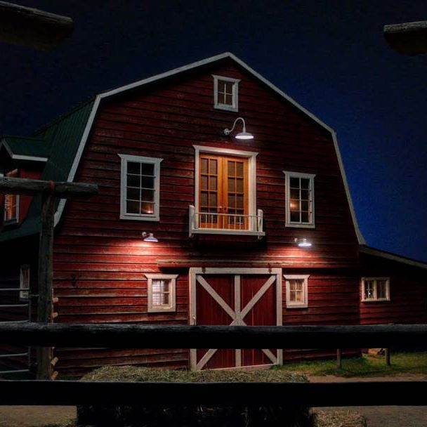 The Loft Exterior Light On A Heartland Night Our Heroes